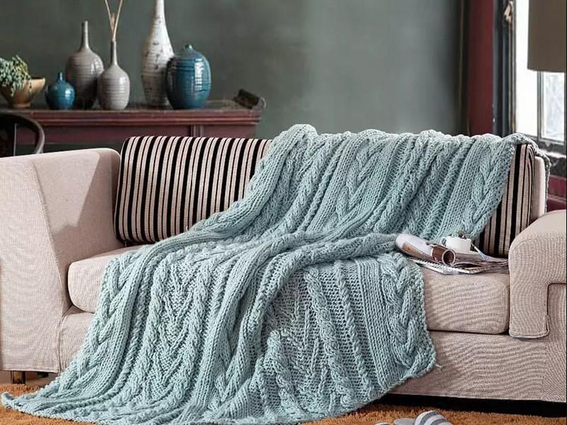 Как правильно выбрать покрывало на диван